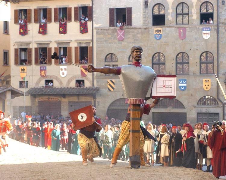 Arezzo, luogo simbolo della cultura medioevale e rinascimentale